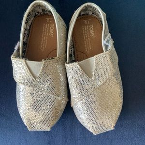 Toms Glitter shoes